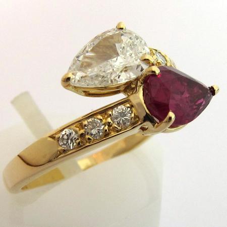 bagues avec rubis et diamants bague rubis diamant occasion 1164 bijoux anciens paris. Black Bedroom Furniture Sets. Home Design Ideas
