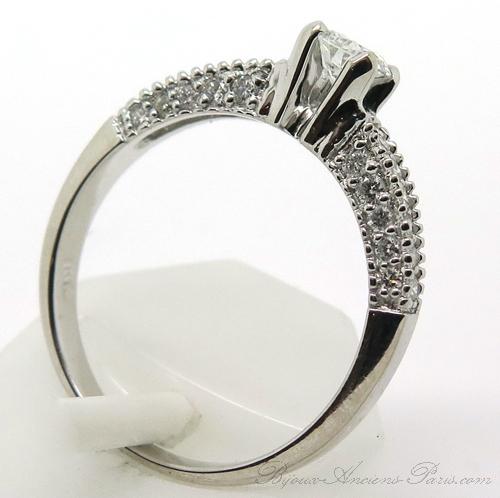bague de fian 231 ailles moderne en or blanc et diamants 1735