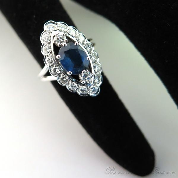 8cc08129eaa Bague marquise saphir diamants or blanc 1814   Bijoux anciens Paris Or