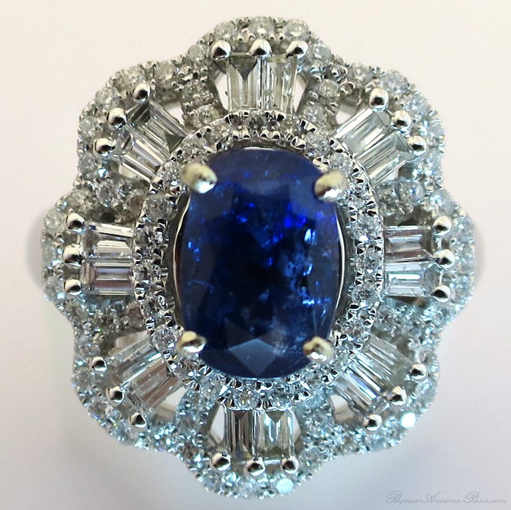 bague saphir diamants baguette monture or blanc 1548. Black Bedroom Furniture Sets. Home Design Ideas