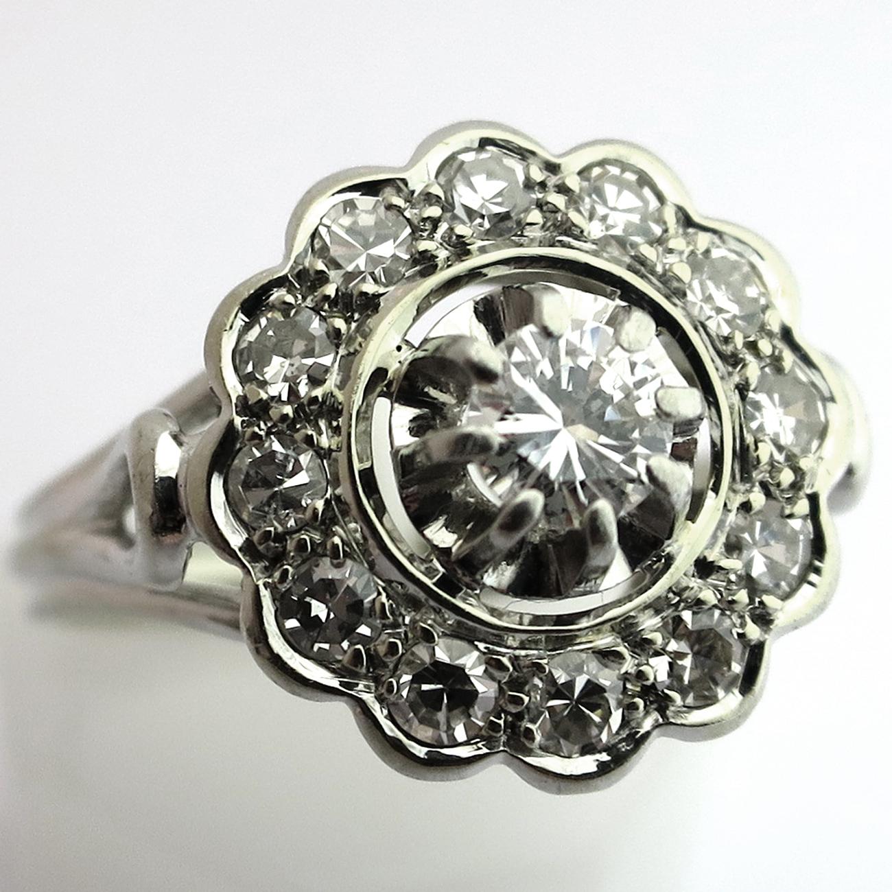 bijoux anciens occasion bague diamants ancienne forme fleur 1528 bijoux anciens paris or. Black Bedroom Furniture Sets. Home Design Ideas