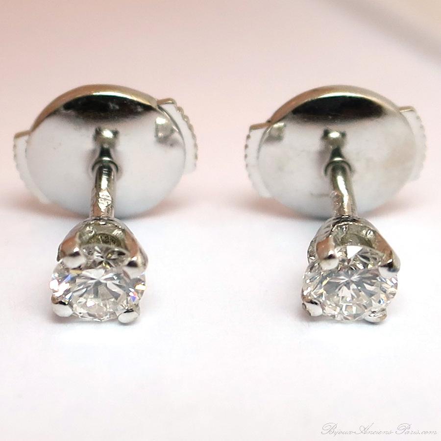 achat vente de bijoux diamants d 39 occasion paris boucles d oreille puces en diamant 189. Black Bedroom Furniture Sets. Home Design Ideas