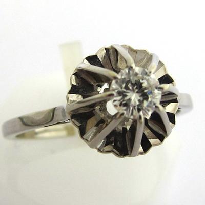 solitaire diamant ancien occasion 824 bijoux anciens paris or. Black Bedroom Furniture Sets. Home Design Ideas