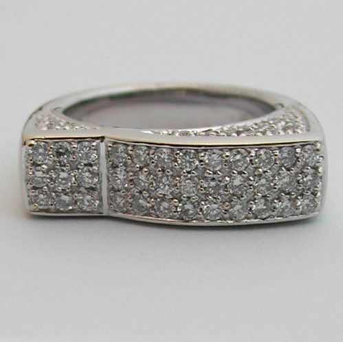 bague diamants or blanc 294 bijou moderne bijoux. Black Bedroom Furniture Sets. Home Design Ideas