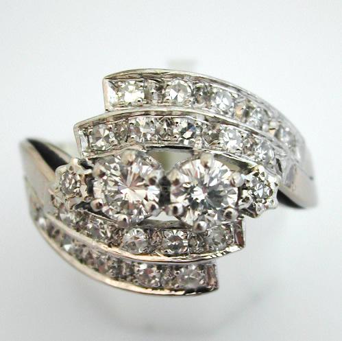 bague diamants or blanc 39 bijoux anciens paris or. Black Bedroom Furniture Sets. Home Design Ideas