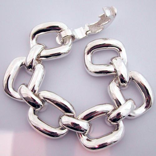 bracelet argent 102 bijou moderne tr s beau et large bracelet moderne en argent. Black Bedroom Furniture Sets. Home Design Ideas