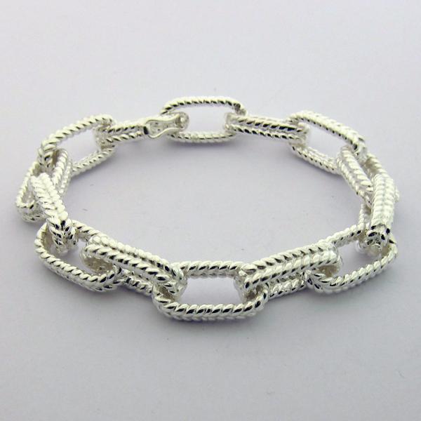 bracelet argent guilloch 114 paris bijou moderne. Black Bedroom Furniture Sets. Home Design Ideas