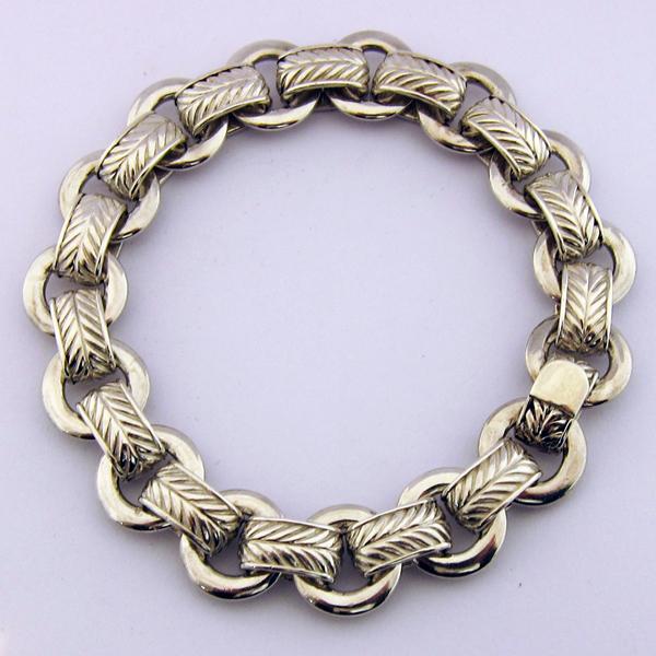 bracelet hermes 116 bijoux de luxe occasion paris bijoux anciens paris argent. Black Bedroom Furniture Sets. Home Design Ideas