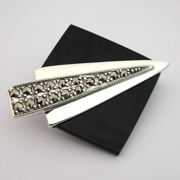 Super Broche argent onyx marcassite 39 - Style Art Déco : Bijoux anciens  IK44