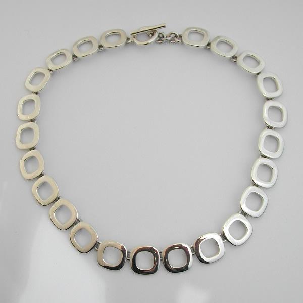 collier argent 59 bijou moderne bijoux anciens paris. Black Bedroom Furniture Sets. Home Design Ideas