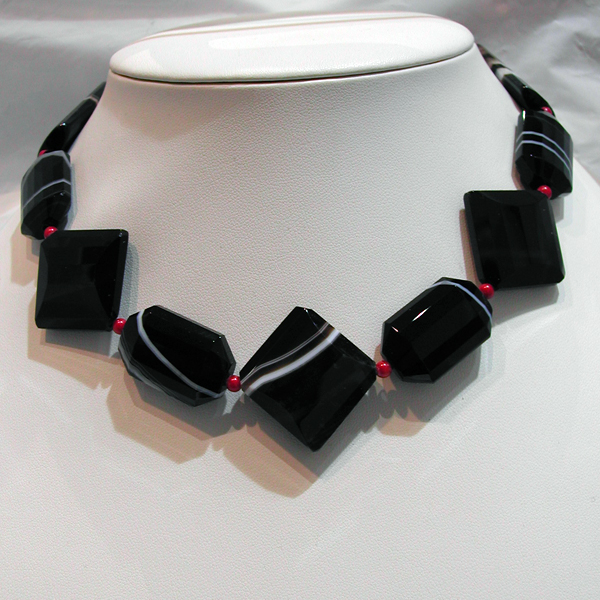 Bijou de cr ateur collier agate 50 pierres d coratives v ritables - 77 avenue ledru rollin 75012 paris ...