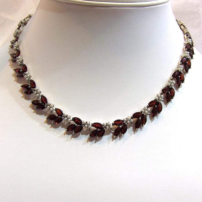 collier perle grenat