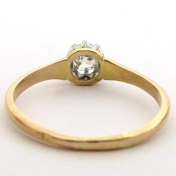 acheter une bague ancienne pour une demande en mariage solitaire diamant 705. Black Bedroom Furniture Sets. Home Design Ideas