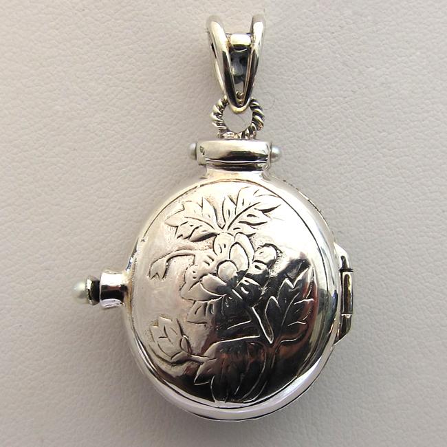 Medaillon en argent 32 bijoux anciens paris - Pendentif porte photo argent ...
