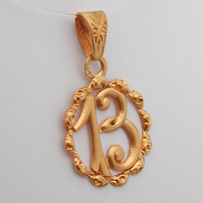 pendentif or num ro 13 m daille ancienne 122 bijoux anciens paris or. Black Bedroom Furniture Sets. Home Design Ideas